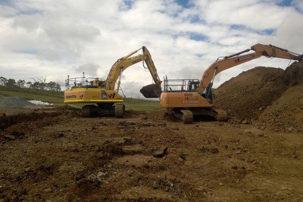 30t Excavator 0