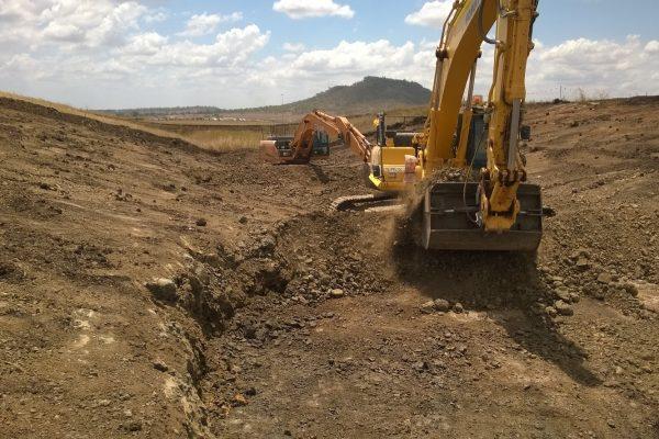 30t Excavator 03