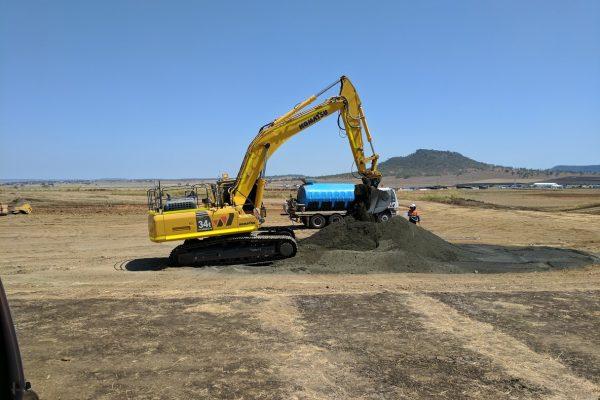 30t Excavator 04