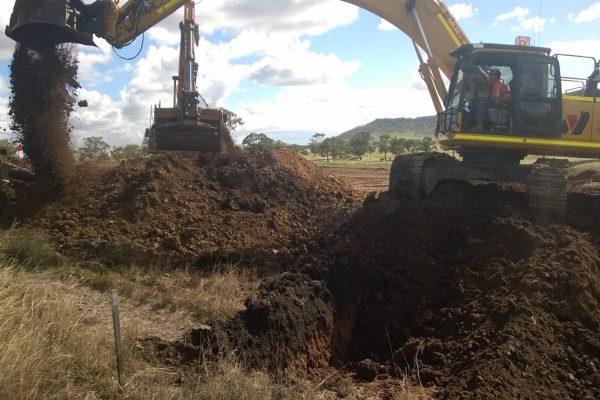 30t Excavator 05